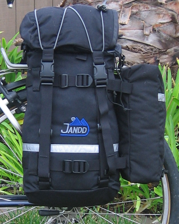 Mountain Pannier Shown with One Optional Pocket